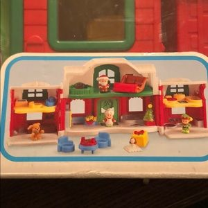 Fisher Price Little People Santas NP Cottage